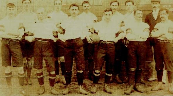 """La 1ère sélection nationale belge, à l'époque où ils ne s'appelaient pas encore les """"diables rouges"""""""